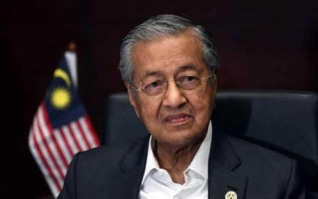 Saya cuma mahu tolong Anwar yang tiada majoriti – Tun M