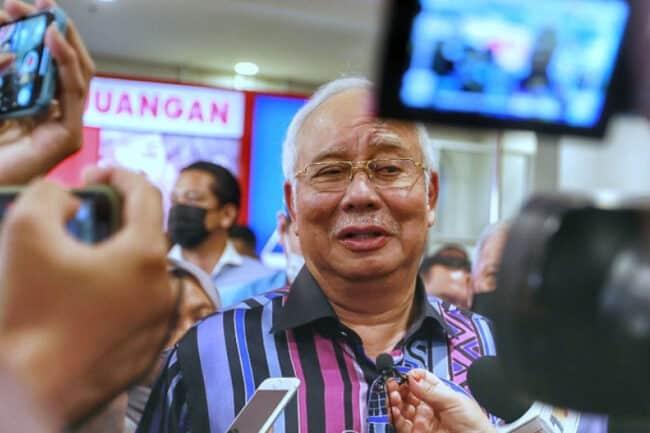 Najib suruh kerajaan beri lebih banyak 'cash' kepada rakyat
