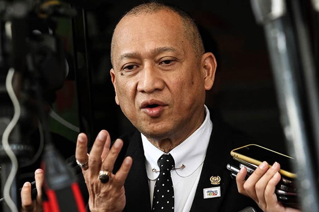 Apa jadi terhadap siasatan video seks pemimpin kerajaan PN?, tanya Nazri