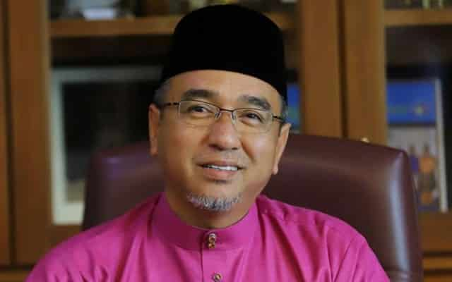 PRU 15 : Apa salahnya pembangkang tampilkan Adly Zahari sebagai calon PM