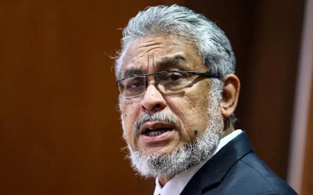 Tiada masalah kerjasama Umno, sila sokong Anwar sebagai PM sekarang – Khalid