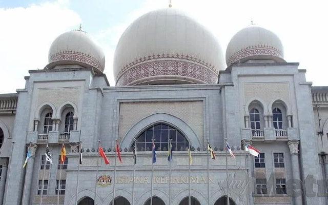 Mahkamah Tinggi benarkan wanita cabar status penukaran agama kepada Islam