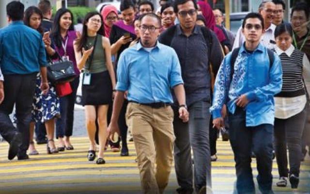 Buka sekatan : Malaysia tak patut ikut jejak langkah UK, kata Pakar