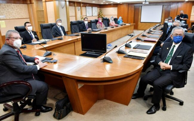 Malaysia ambil sikap berhati-hati dengan Taliban, kata Menteri Luar